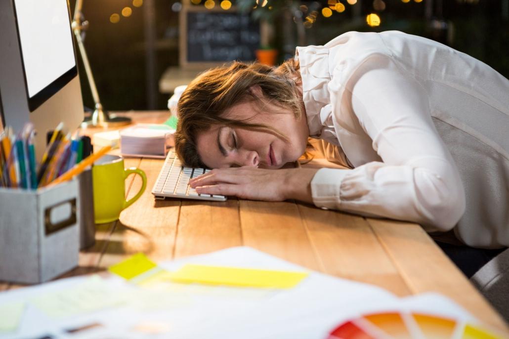 Typische Symptome für Winterblues/-depressionen: Müdigkeit